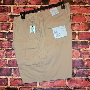 MEN`S CROFT & BARROW SIDE ELASTIC CARGO SHORTS